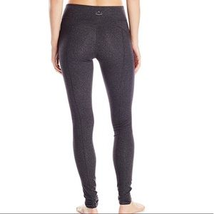 Beyond Yoga Side Panel Leggings In Heather Gray